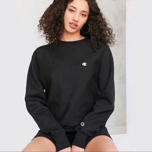 Champion UO Exclusive Logo Patch Sweatshirt